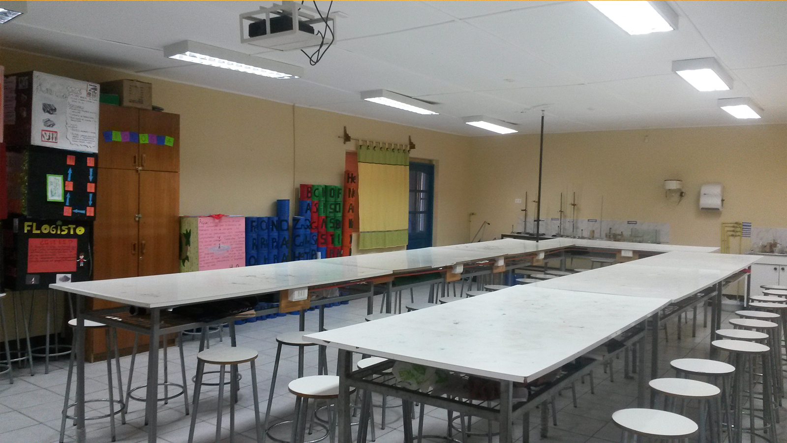 img-orientacion-laboratorio-ciencias